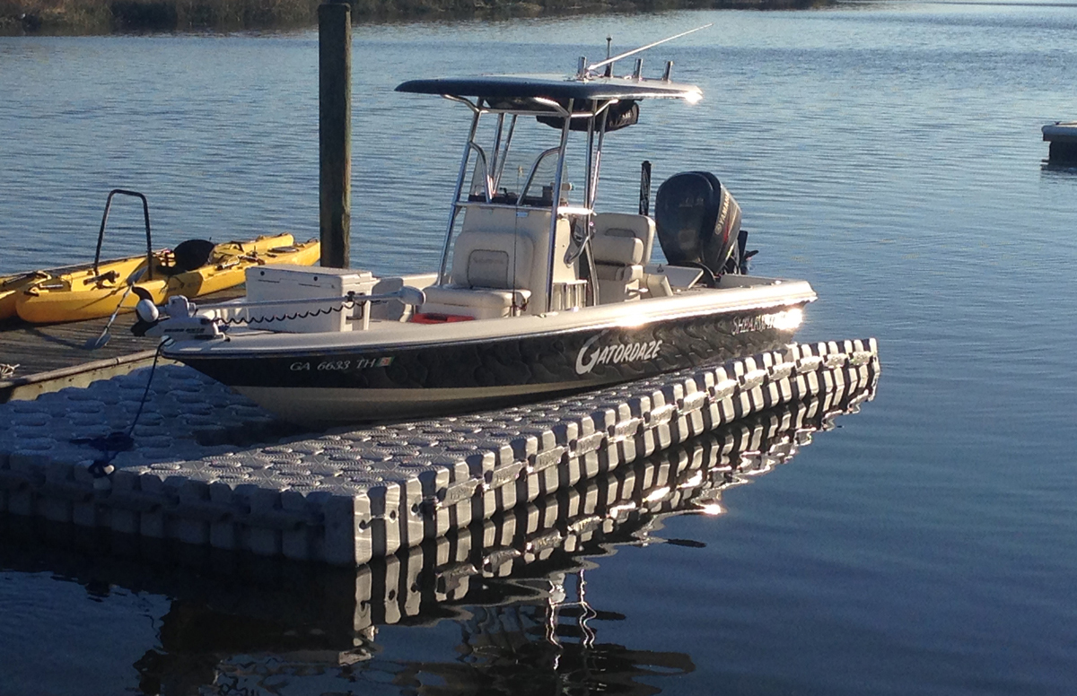 24-ft.-x-11.2-ft.-104-Block-Lift-Shearwater-X22-Bay-Boat-(2)