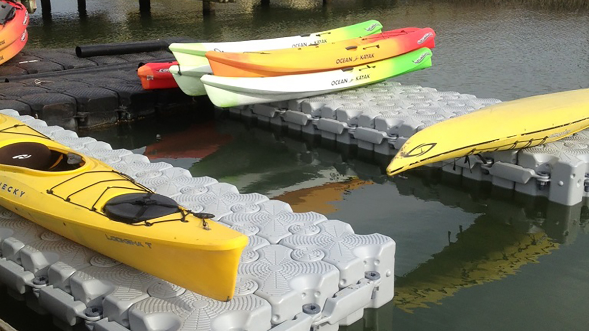 Coastal-Expeditions-IOP-Kayak-Dock