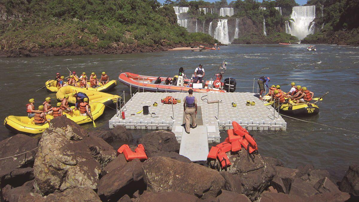 Dock-Blocks-Rafting-Dock-Waterfall